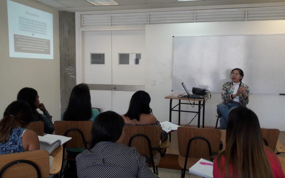 Charla. Situación del periodismo en Venezuela y la autorregulación. Caracas