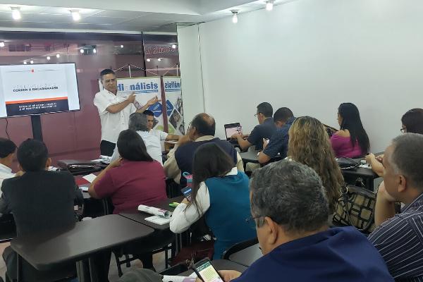 Omar Lugo: No hay salida fácil ni soluciones mágicas a la crisis venezolana