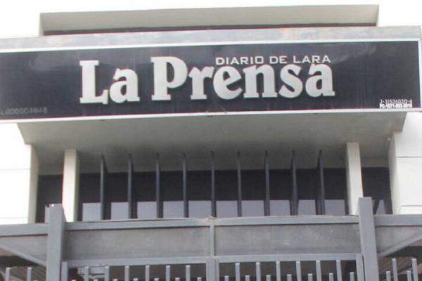 Diario La Prensa anuncia una pausa en su circulación por falta de gasolina