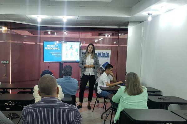 Liz Gascón: Las periodistas somos doblemente propensas a la violencia de género