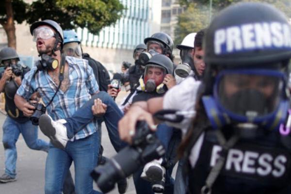 Gobierno criminaliza el trabajo de los periodistas denuncia CNP