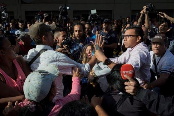A 79 se elevan  agresiones a periodistas denuncia CNP