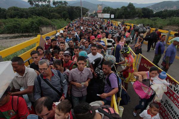 Puertas adentro: cómo los medios en Venezuela dan cobertura a la migración y a la crisis humanitaria