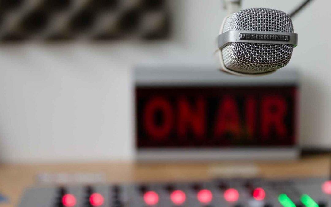 La radio en Venezuela, entretener para sobrevivir en tiempos de censura